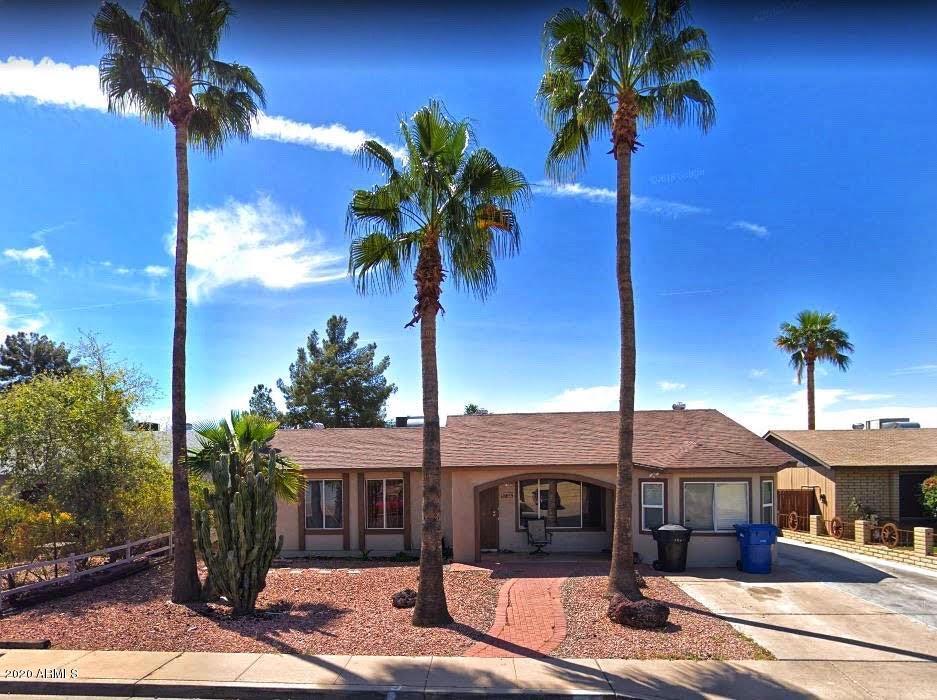 Photo of 655 W EMERALD Avenue, Mesa, AZ 85210