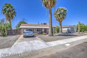 11117 W IOWA Avenue, Youngtown, AZ 85363