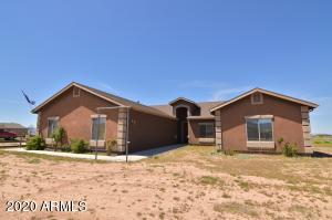 11120 N OUT OF THE WAY Place, Prescott Valley, AZ 86315