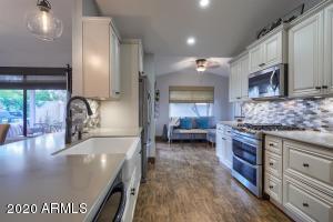 9085 E CAPTAIN DREYFUS Avenue, Scottsdale, AZ 85260