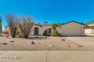 4763 E PEARCE Road, Phoenix, AZ 85044