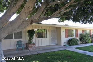 10521 W COGGINS Drive, Sun City, AZ 85351