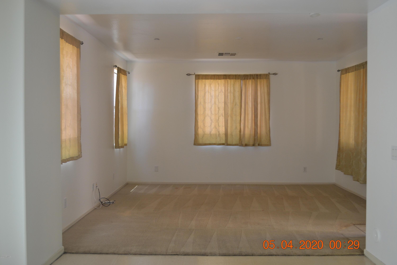 Photo of 3879 E SANTA FE Lane, Gilbert, AZ 85297