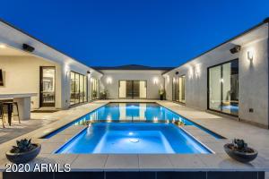 8060 W BELMONT Avenue, Glendale, AZ 85303