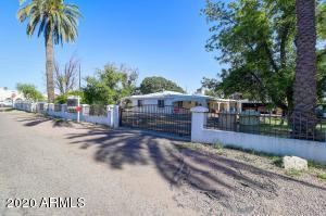 6822 N 67TH Avenue, Glendale, AZ 85301