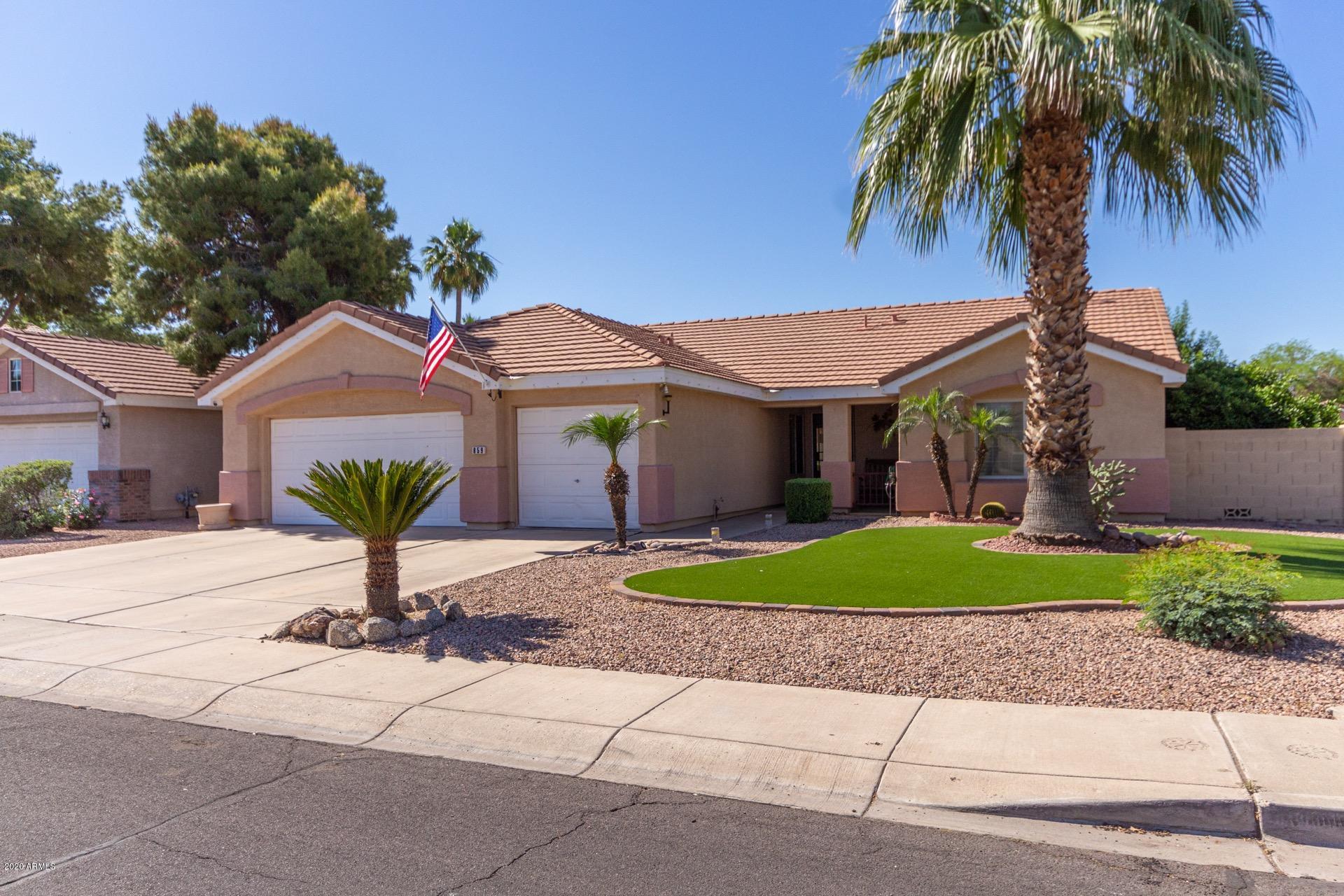 Photo of 859 W COOLEY Drive, Gilbert, AZ 85233