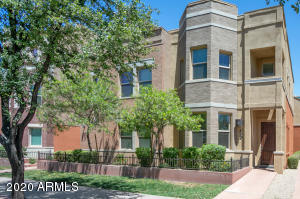 Beautiful 2-story townhome with lots of character.