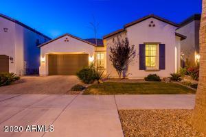 1440 E LEXINGTON Avenue, Gilbert, AZ 85234