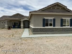 203 E SADDLE BUTTE Street, Apache Junction, AZ 85119