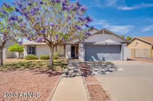 8820 W GOLDEN Lane, Peoria, AZ 85345