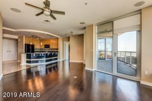 44 W MONROE Street, 1502, Phoenix, AZ 85003