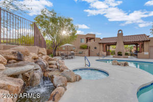 Welcome to your own little oasis in Fountain Hills