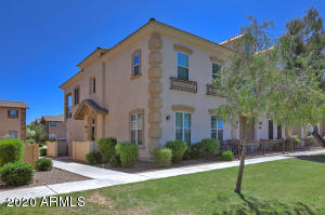 3694 S WINTER Lane, 101, Gilbert, AZ 85297