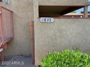 2693 E SILK OAK Drive, Tempe, AZ 85281