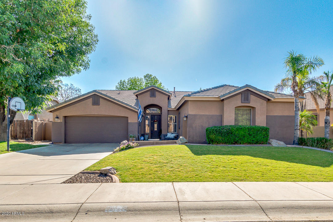 Property for sale at 2306 S Porter Street, Gilbert,  Arizona 85295