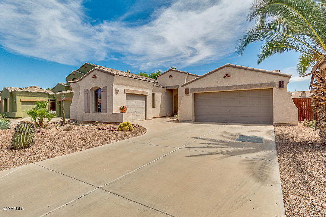 Photo of 3115 E WATERVIEW Drive, Chandler, AZ 85249
