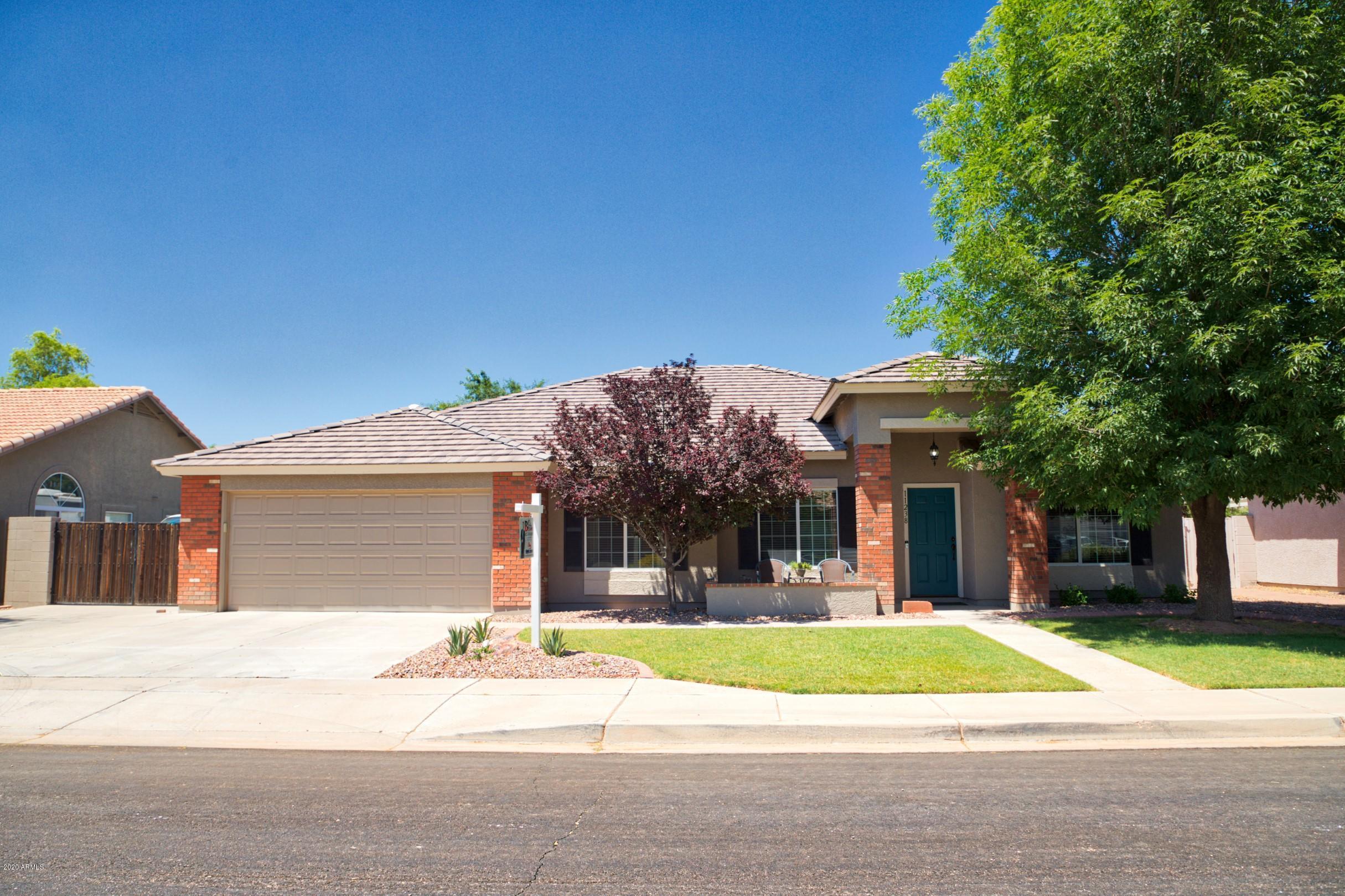 Photo of 11238 E RENFIELD Avenue, Mesa, AZ 85212