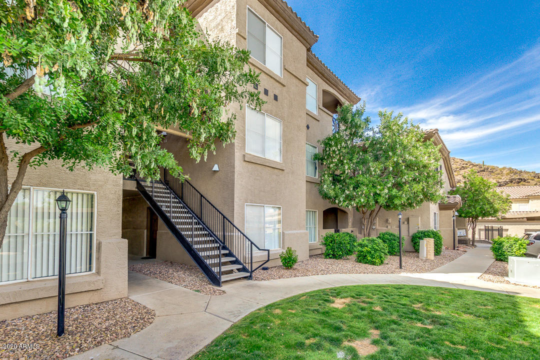 Photo of 3236 E CHANDLER Boulevard #2079, Phoenix, AZ 85048