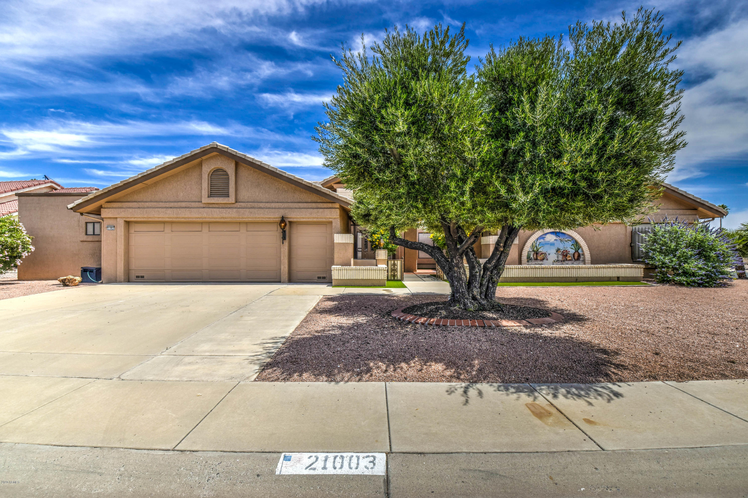 Photo of 21003 N DESERT SANDS Drive, Sun City West, AZ 85375