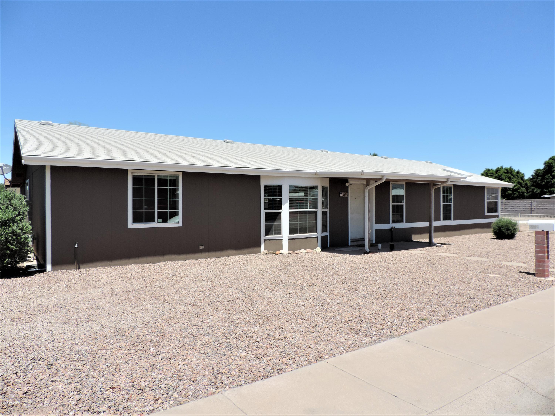 Photo of 692 W MANOR Street, Chandler, AZ 85225