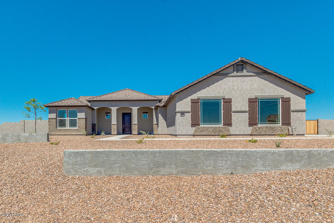 Photo of 311 W FAIRFIELD Street, San Tan Valley, AZ 85143