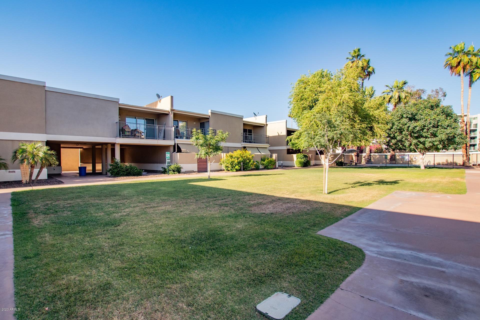 Photo of 2233 E Highland Avenue #127, Phoenix, AZ 85016