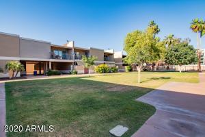 2233 E Highland Avenue 127, Phoenix, AZ 85016