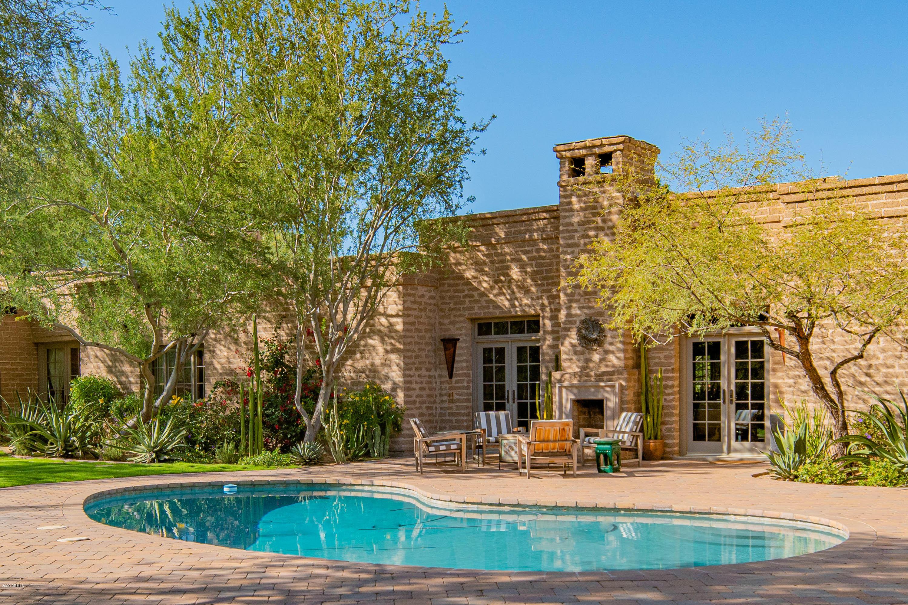 Photo of 5429 E Caron Street, Paradise Valley, AZ 85253