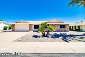 10322 W SOMBRERO Circle W, Sun City, AZ 85373
