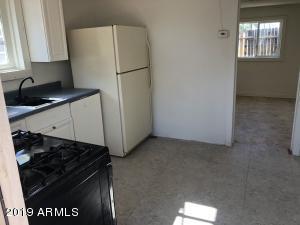 7151 N 53RD Avenue, Glendale, AZ 85301