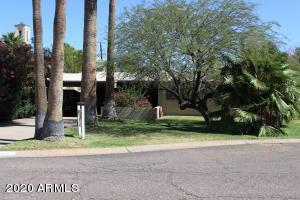 1322 E EARLL Drive, Phoenix, AZ 85014