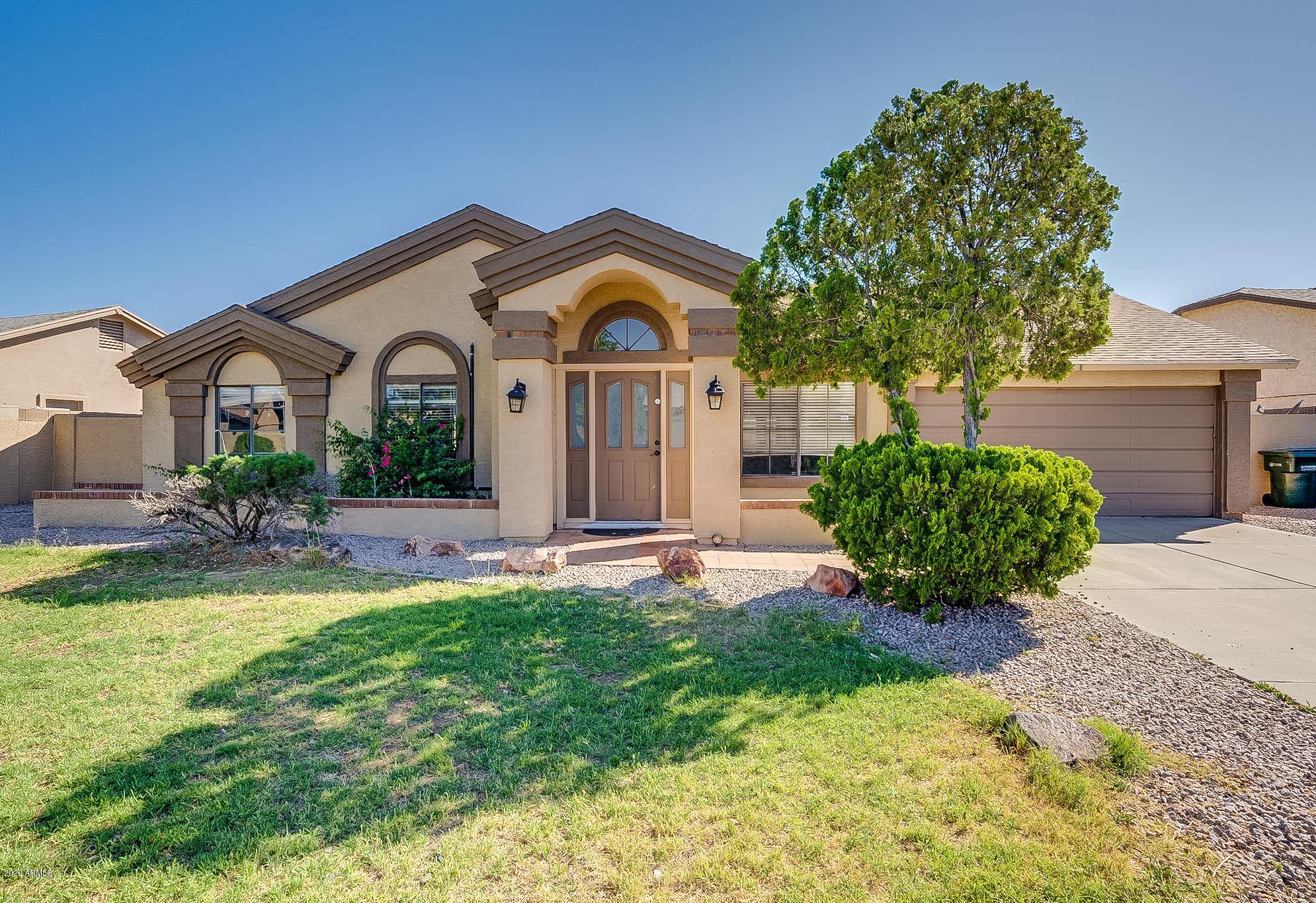 Photo of 6721 W CRITTENDEN Lane, Phoenix, AZ 85033