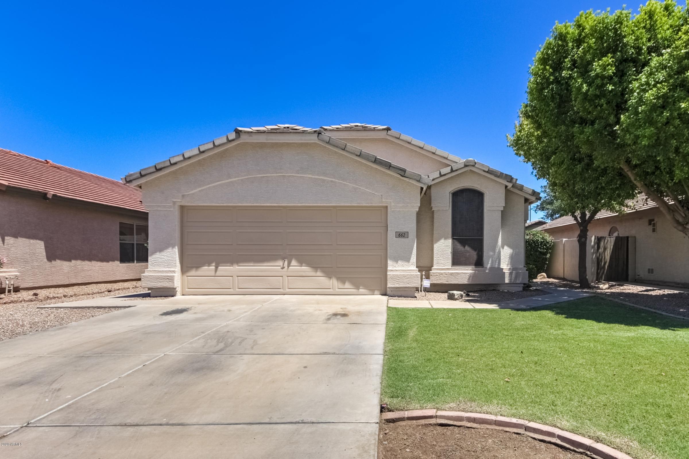 Photo of 662 E KYLE Drive, Gilbert, AZ 85296