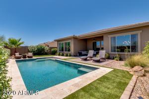 18215 W DESERT SAGE Drive, Goodyear, AZ 85338