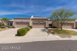 8392 W ORAIBI Drive, Peoria, AZ 85382