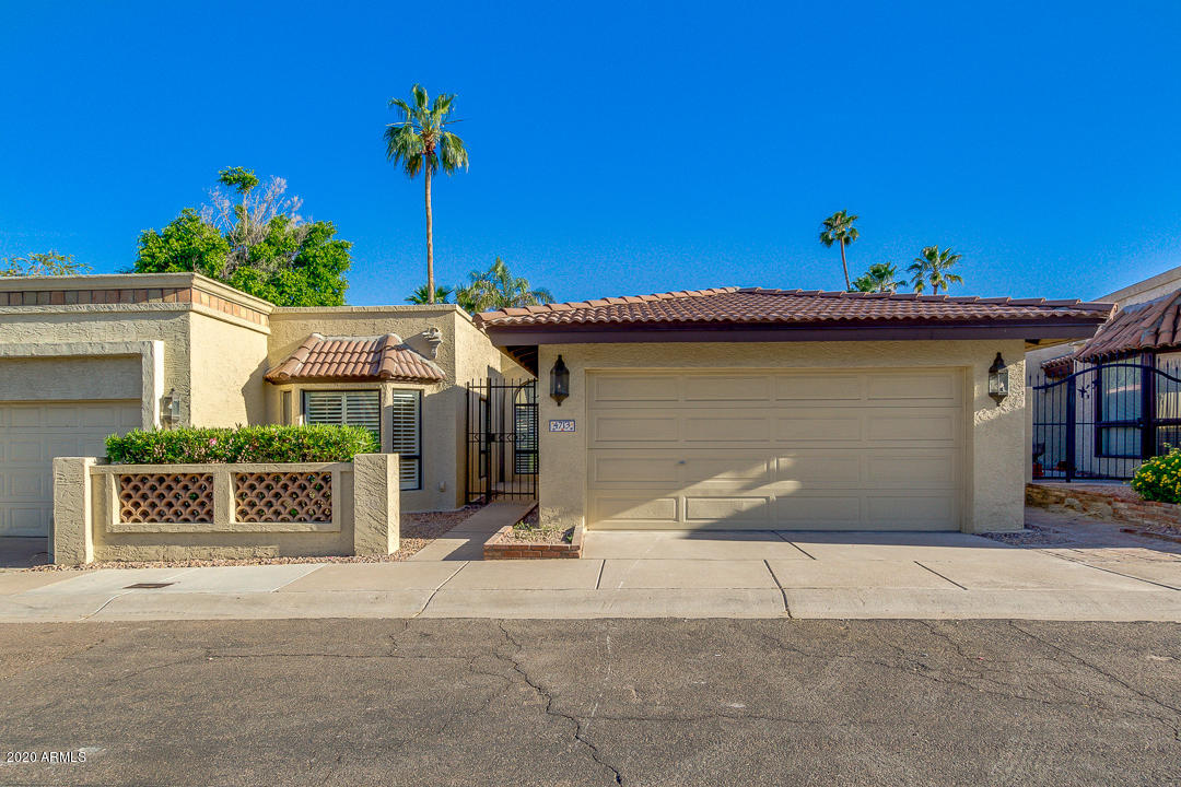 Photo of 4713 E CALDWELL Street, Phoenix, AZ 85044