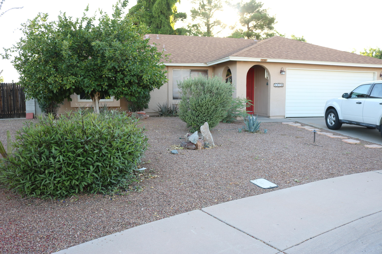 Photo of 4020 W WOODRIDGE Drive, Glendale, AZ 85308