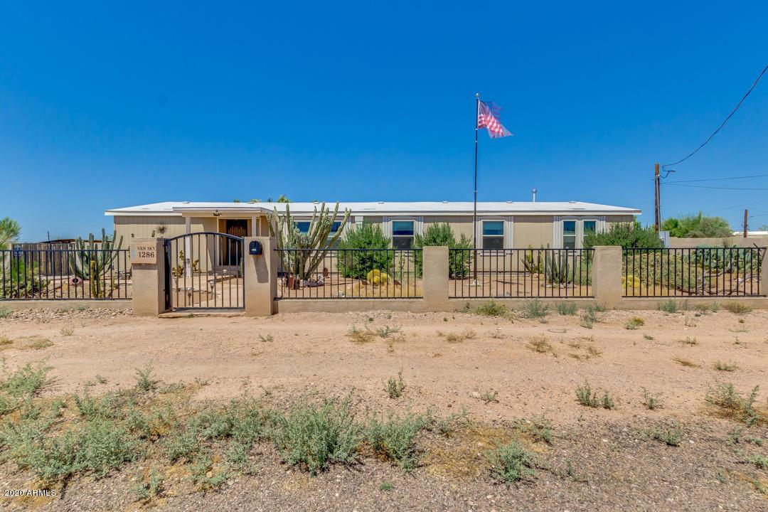 Photo of 1286 N GOLD Drive, Apache Junction, AZ 85120