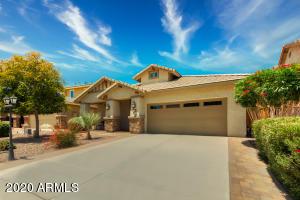 310 E RED MESA Trail, San Tan Valley, AZ 85143