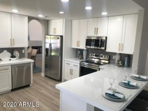 13044 N 100TH Place, Scottsdale, AZ 85260