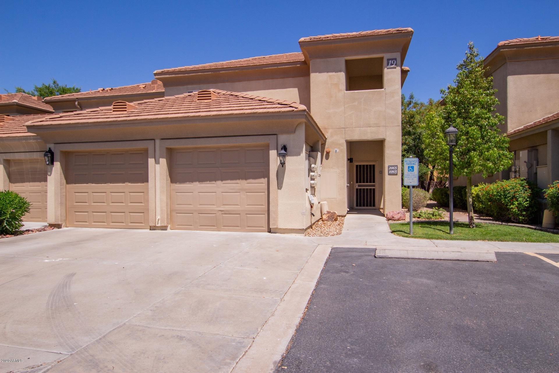 Photo of 7401 W ARROWHEAD CLUBHOUSE Drive #2065, Glendale, AZ 85308