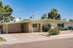3835 E LAUREL Lane, Phoenix, AZ 85028