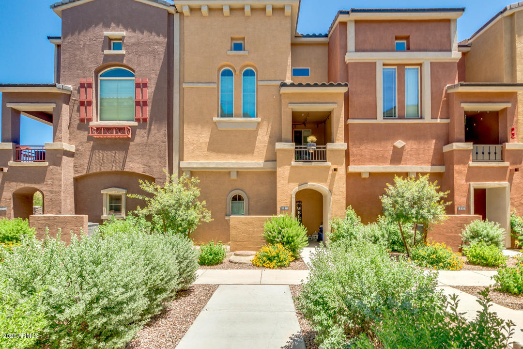 Property for sale at 240 W Juniper Avenue Unit: 1110, Gilbert,  Arizona 85233