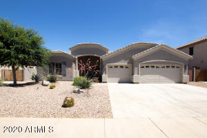2982 E CANYON CREEK Drive, Gilbert, AZ 85295