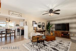 16218 N LAKEFOREST Drive, Sun City, AZ 85351