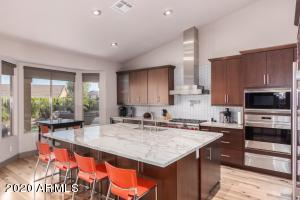 6431 E CAROLINA Drive, Scottsdale, AZ 85254