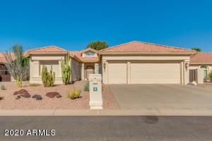 26017 S HOLLYGREEN Drive, Sun Lakes, AZ 85248