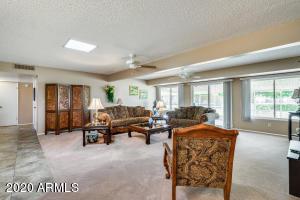 10435 W KINGSWOOD Circle, Sun City, AZ 85351