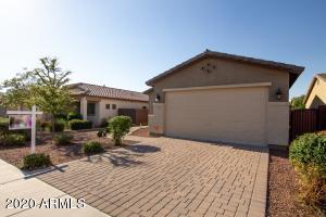 390 W Flame Tree Avenue, San Tan Valley, AZ 85140