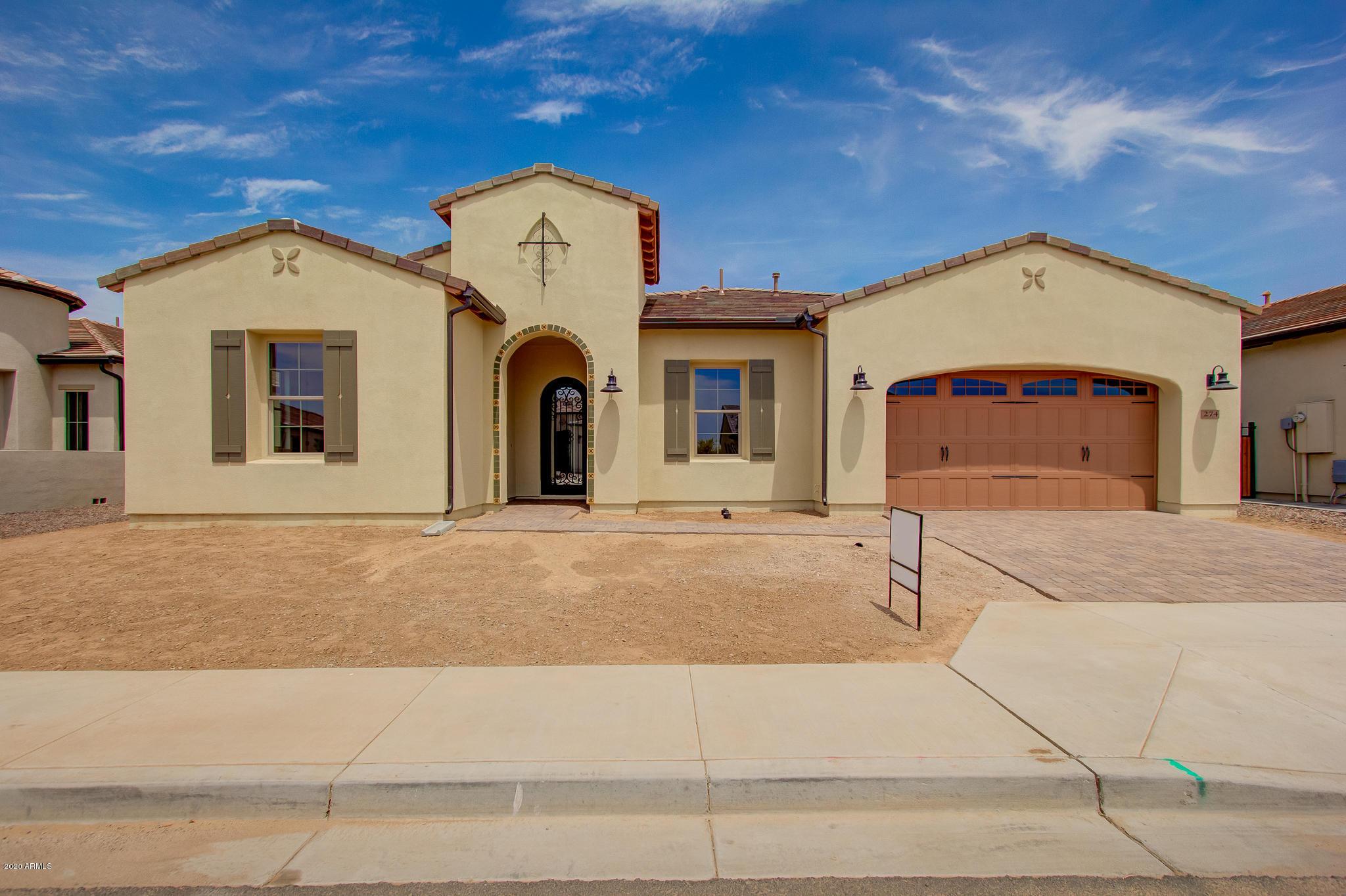 Photo of 274 E Lime Court, Queen Creek, AZ 85140